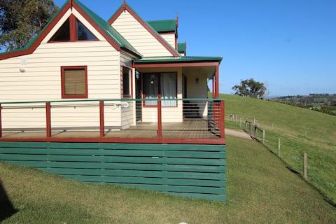 Loves Lane Cottages - Valley South Cottage