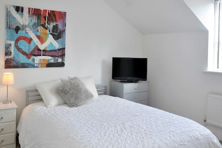 Double Room Worcestershire - Worcestershire