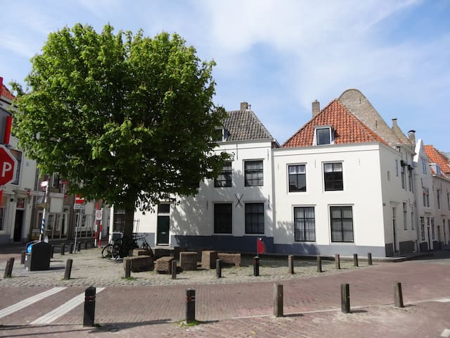 2 ps appartment, centrum Middelburg