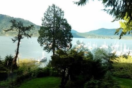Heron View private suite, breathtaking ocean views