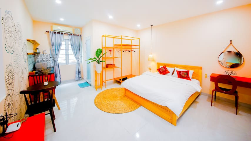 DANATRI *Double Room* Ensuite * MyKhe Beach