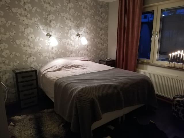 Lägenhet i trevliga Folkparken i Haninge.