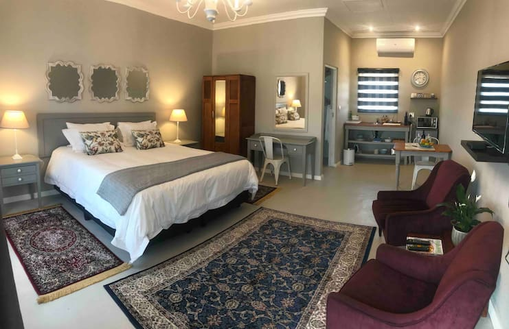 Steenkoppies Estate semi self catering unit 1