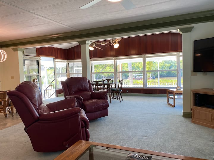 Bay View Boat House - 2bed/2bath - Month Min