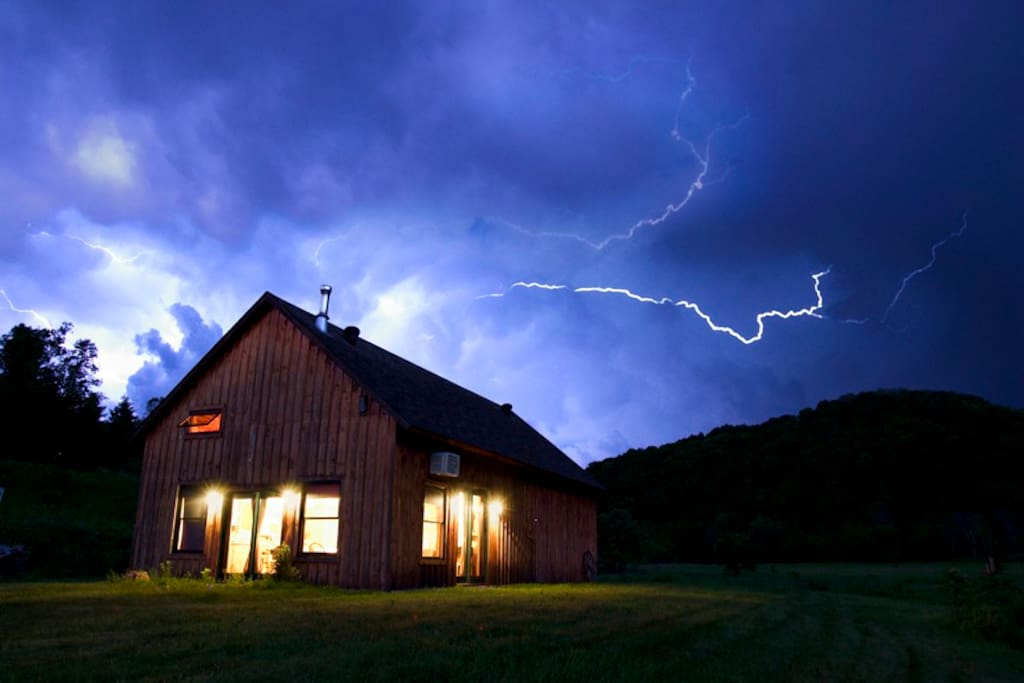 Cabin on 76 acres of prairie w fly fishing stream for Fishing cabin rentals wisconsin