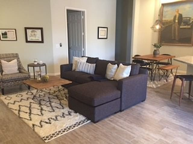 TPC Golf Course Condo - Completely remodeled