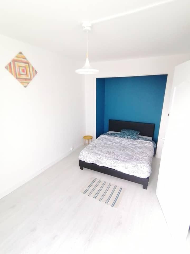 Chambre privée, Mont St Aignan (10 min gare sncf)