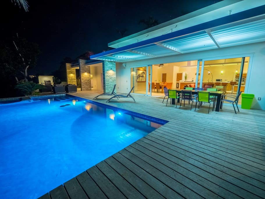 pool with led