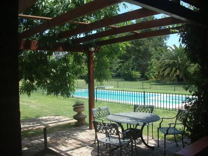 Casa de campo sobre el Río Parana