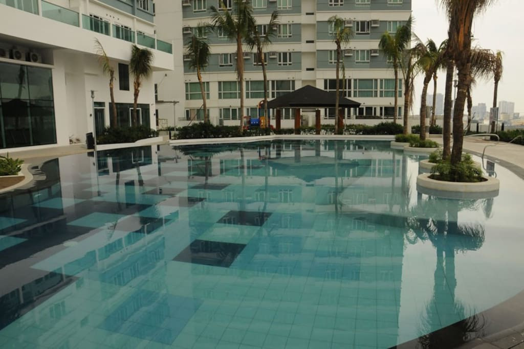 450 sqm, 50m lap pool. Also with 2 small pools for Toddlers & Kids.