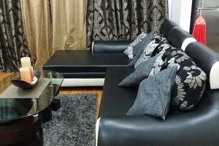 One bedroom unit in Robinsons Condominium Ermita