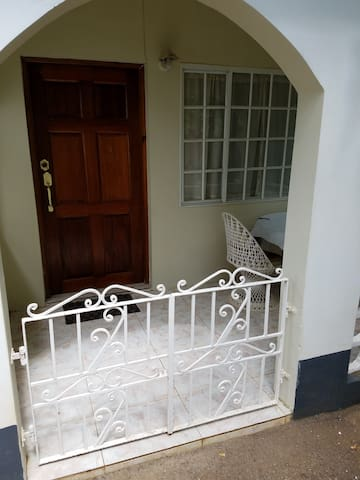 Ascot House apartment 1