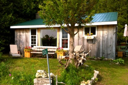 Cozy 3 BR Cottage Great Sunsets - Oliphant