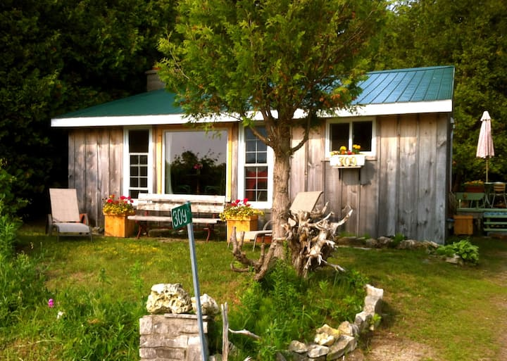 Cozy 3 BR Cottage Great Sunsets