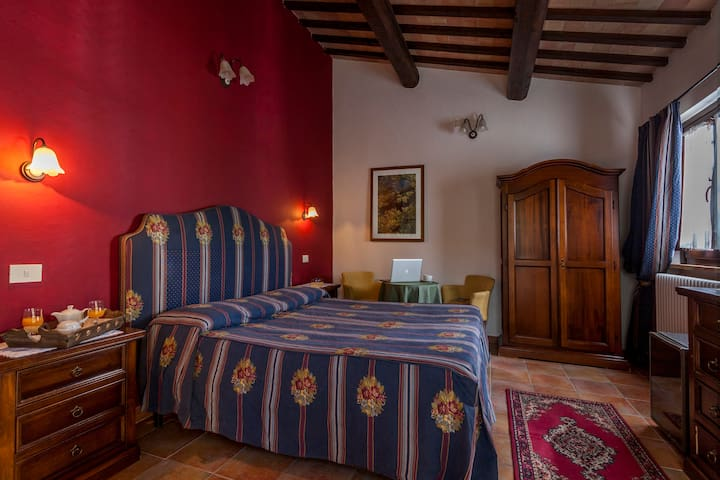 Amazin room in Agrituris Tre Querce - Penna San Giovanni - Bed & Breakfast
