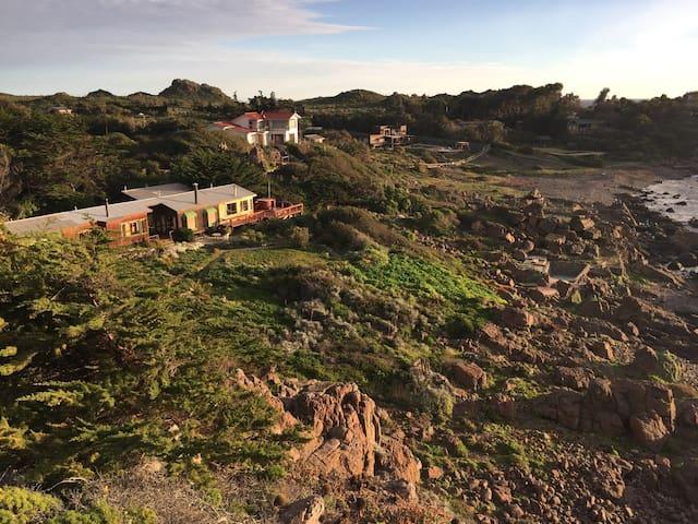 Espectacular casa, a orillas del mar,full equipada - Los Vilos