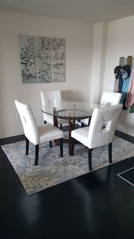 FURNISHED 1 BEDROOM LUXURY  APARTMENT
