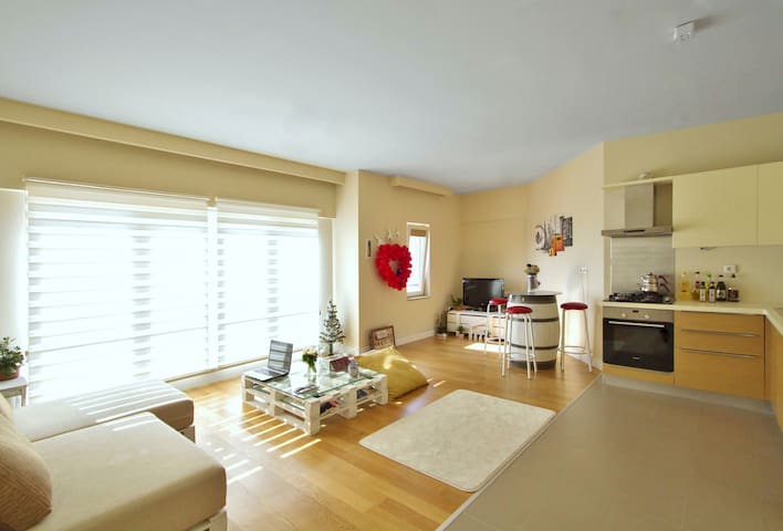 Comfortable and Sunny white house in Ankara - Çankaya - Apartemen