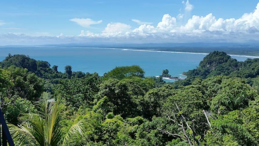 Casa Linda partial ocean view - Quepos