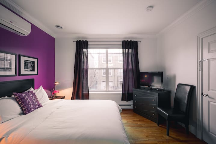 ★Downtown Queen PrivateRoom@Signal Hill Brownstone