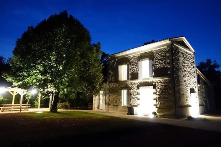 Rainier du Chais: 5B villa with pool nr St Emilion - Puisseguin - Villa