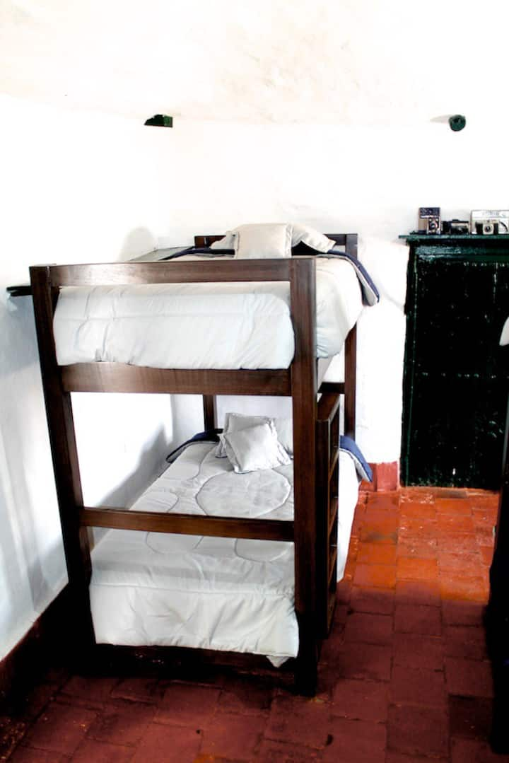 Zysqua Casa - Hostel 16 - 20 huéspedes