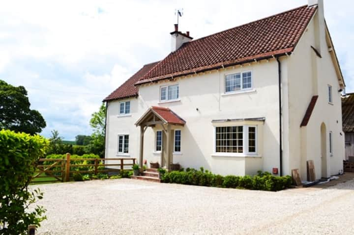 Explore North Yorkshire. Large, stylish farmhouse
