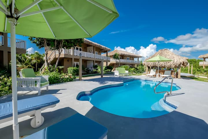 Sapphire Beach Resort 2 Bedroom Oceanfront Villa Located in Quiet Secluded Resort! (04V)