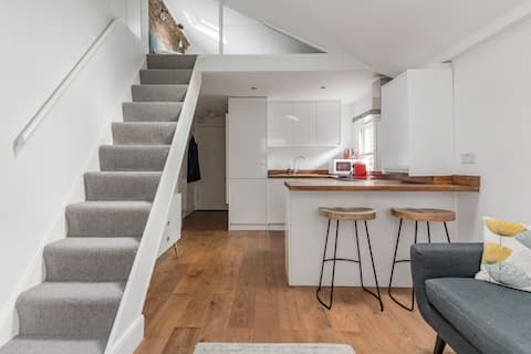 Battersea Park Studio Apartment
