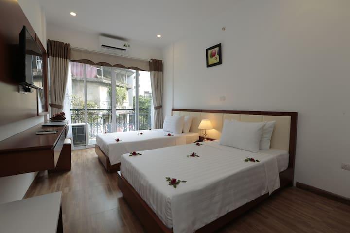 Balcony twin room in HN Old Quarter - Hanoi - Inap sarapan