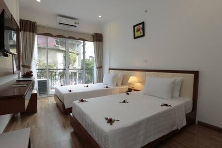 Balcony twin room in HN Old Quarter - Hanoi - Bed & Breakfast