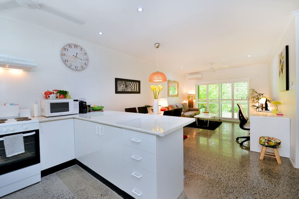 Stylish 2bedroom Apartment at TiTree Barrier St Port Douglas