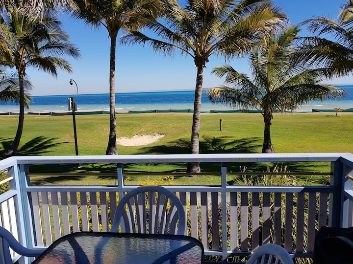 Tangalooma Beachfront Villa 28 - Air Conditioned