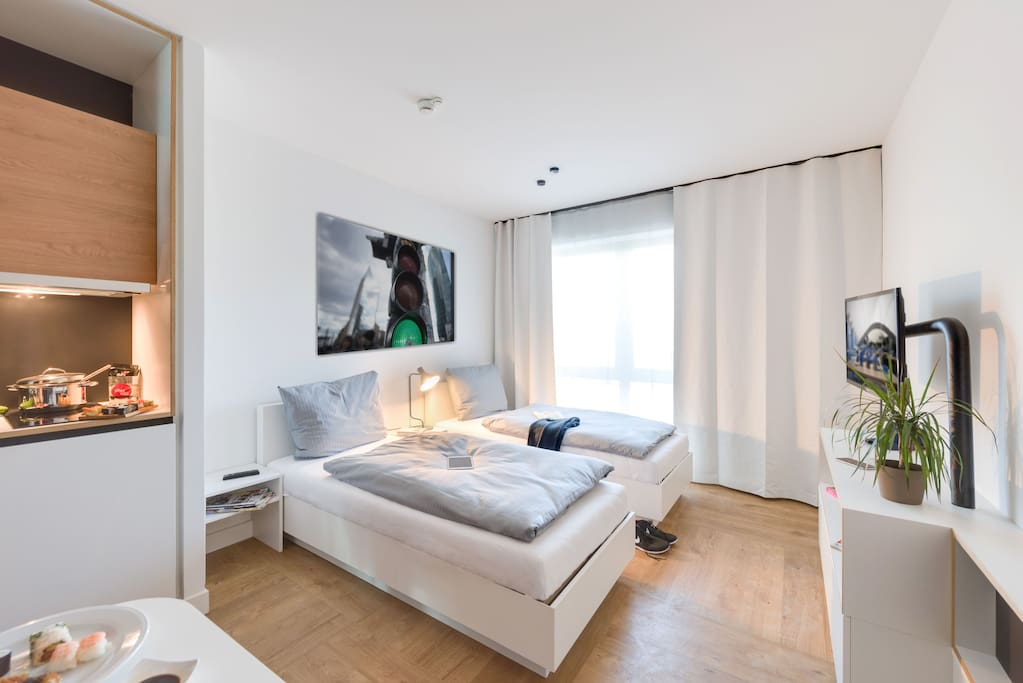 furnished studio in berlin karlshorst b2 w apartments for rent in berlin berlin germany. Black Bedroom Furniture Sets. Home Design Ideas