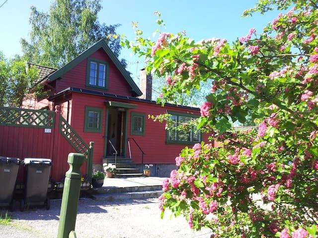 Charming Villa in Kolbotn near Oslo - Kolbotn - Hus