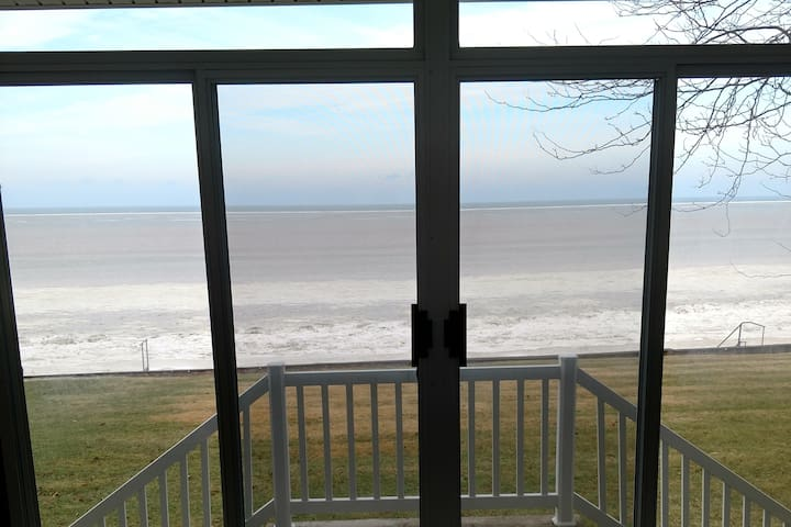 Port Clinton Home with  a View,  Monthly Only