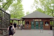 Queens Zoo ( 6 min drive 1.1 mi)
