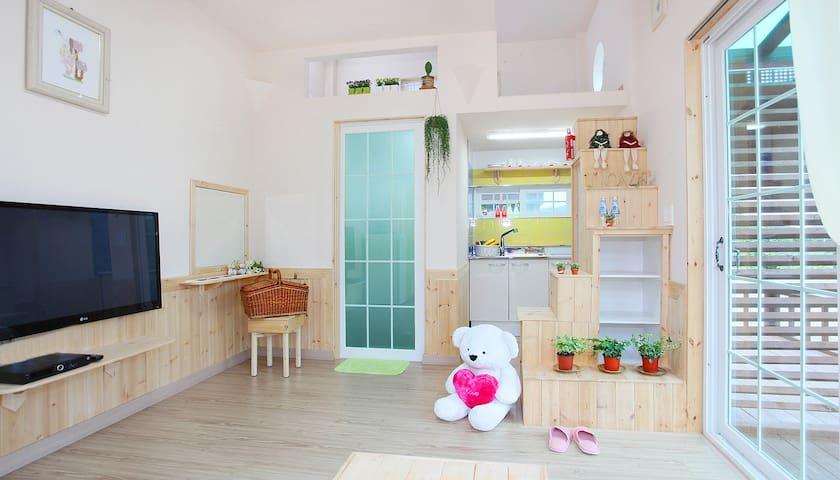 """""""아침햇살"""", 설악산 대포항 인근 청결한 커플 객실 - Ganghyeon-myeon, Yangyang"""