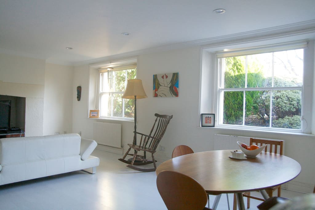 Cosy double room in ballsbridge d4 chambres d 39 h tes for Chambre hote dublin