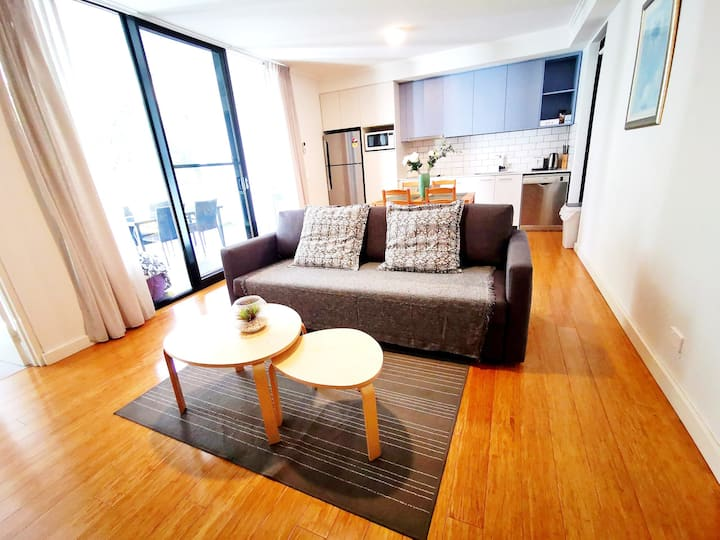 Perth Modern new 2 bedrooms CBD* Northbridge*WIFI