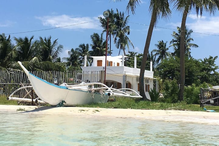MaxMat Beach  Front house in Bantayan Island
