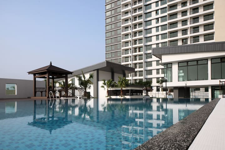 HOMESTAY AT JB-SWIMMING POOL,GYM,SAUNA,BBQ (2B+1W) - Skudai - Condominium