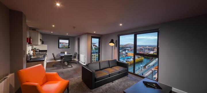 Stylish Quayside Property with Balcony
