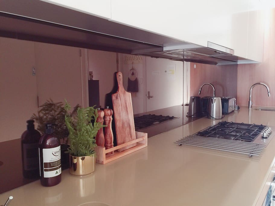 Fully equiped kitchen-stone top & gas cooking