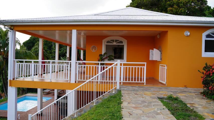 Villa Curcuma, Le Robert