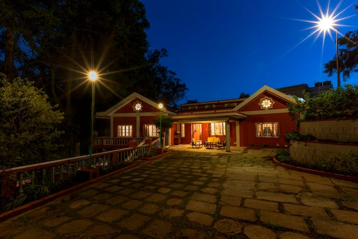 The Red House (B&B) Fernhill- Ooty