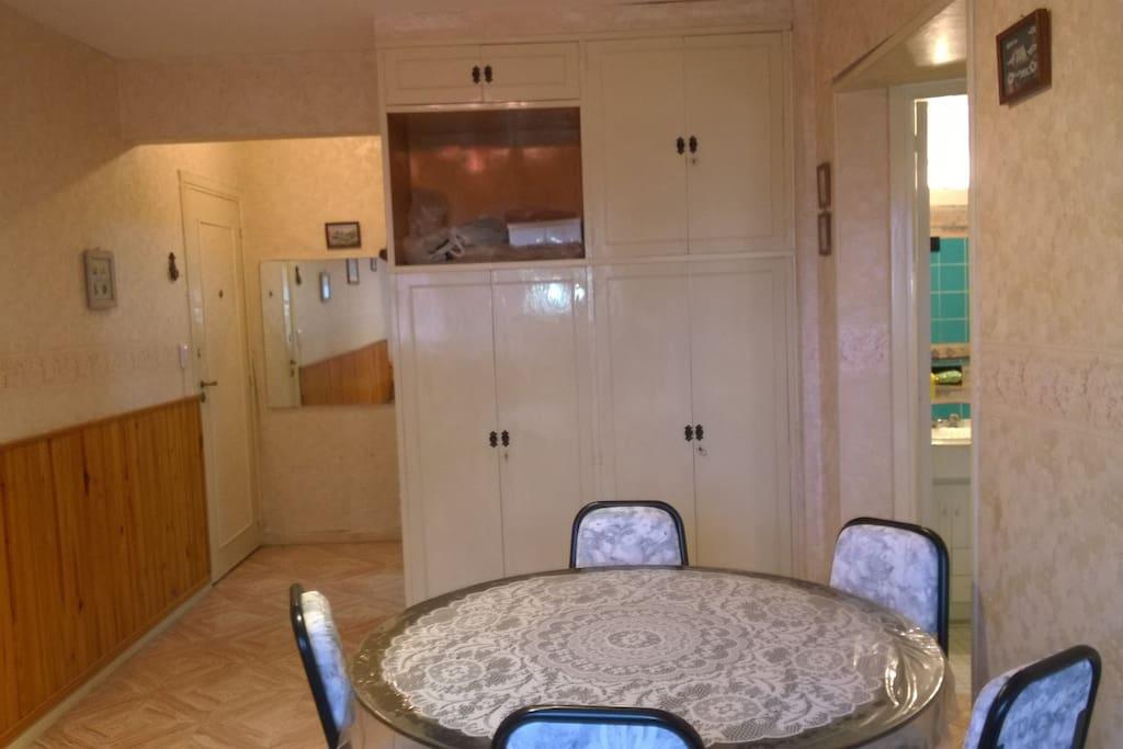 Departamento miramar 2 ambientes vista al mar apartments for Sillon cama 1 plaza y media