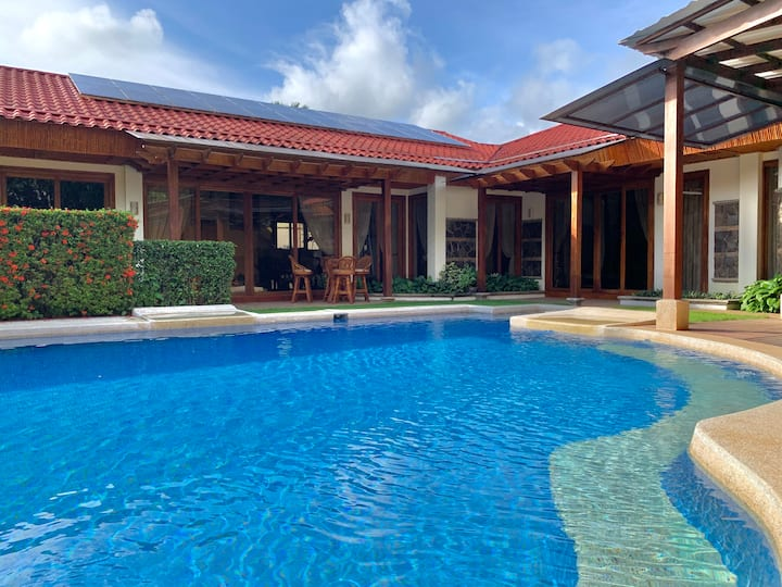 Private Pool, Luxury Charming Villa