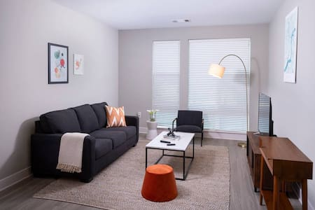 Kasa | King of Prussia | Dreamy 2BD/2BA Apartment