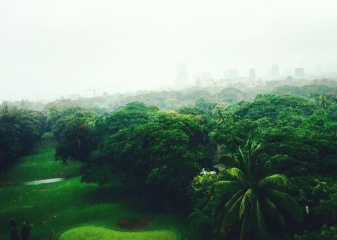 South Bombay Luxury Apt-Golf Course - Mumbai